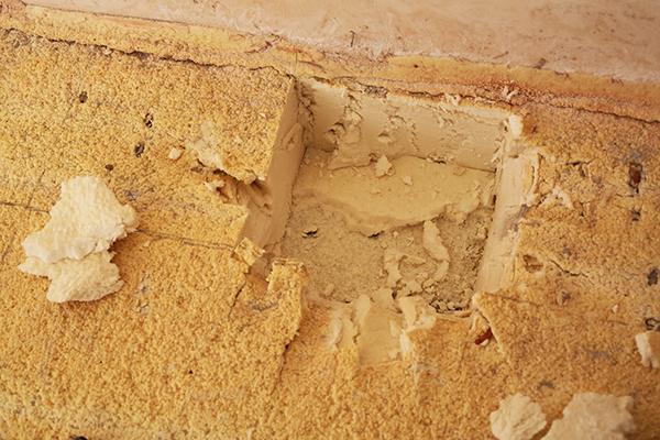 участок утепленного пола где был вырезан образец ППУ