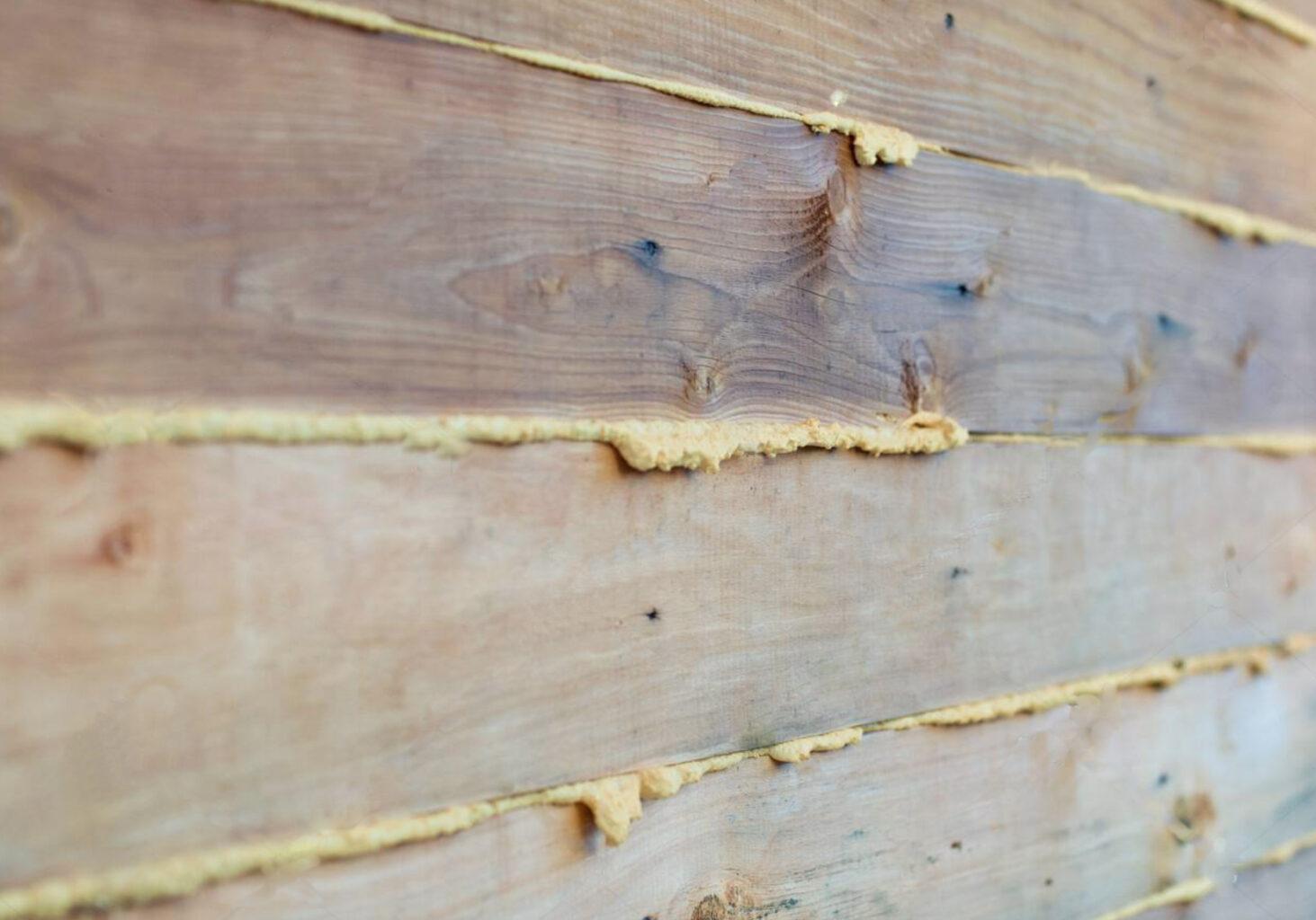 Утепление пеной деревянного дома